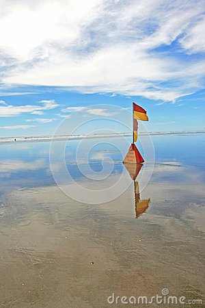 Lifeguard flag at Murawhai beach 2