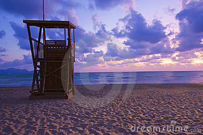 Lifeguard hut at dawn