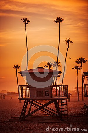 Free Lifeguard Tower At Sunset Stock Image - 51806811
