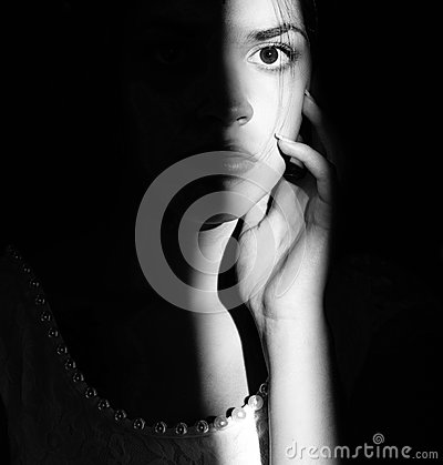 Free Lifestyle Portrait Of A Woman Brunettes Closeup. Romantic, Gentle, Mystical, Pensive Image Of A Girl. Girl Oriental Appearance Royalty Free Stock Photography - 91575337