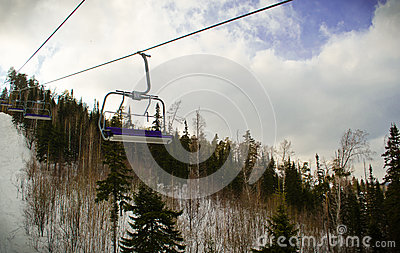 Lifting on the chair lift