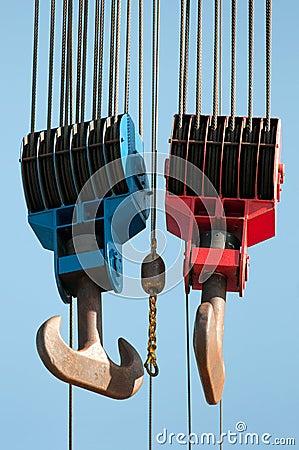 Lifting hooks
