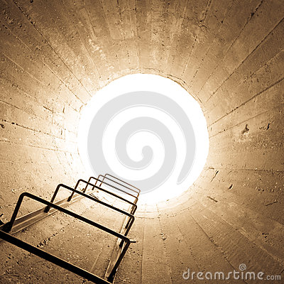 Free Light At The End Of The Tunnel Royalty Free Stock Images - 41921439