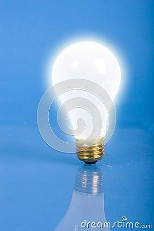 Free Light Bulb Stock Images - 1039864