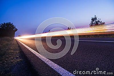 Light streaks on road