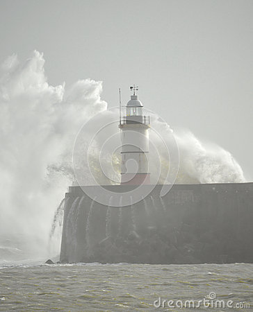 Free Lighthouse At Newhaven Harbour Royalty Free Stock Photography - 34762957