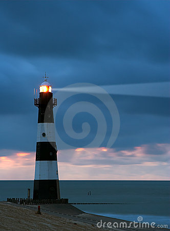 Free Lighthouse In The Dusk Royalty Free Stock Photos - 1199538