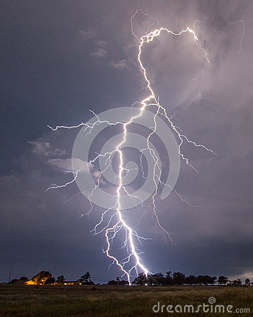 Free Lightning Stock Image - 43121931