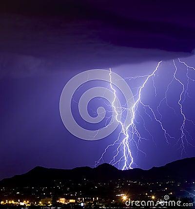 Lightning sparkly