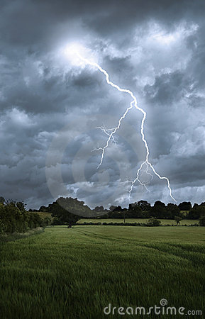 Free Lightning Strike Over Field Landscape Stock Photos - 9911103