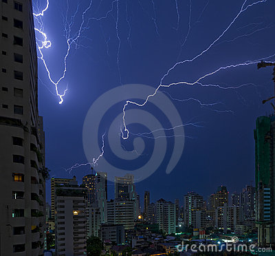 Lightning strikes in bangkok