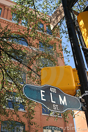 Lightts and streetsign at Texas Schoolbook Depository