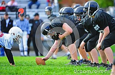 Ligne de Scimage de football américain de la jeunesse Image éditorial