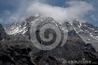 Lijiang Twp, China: Jade Dragon Snow Mountain
