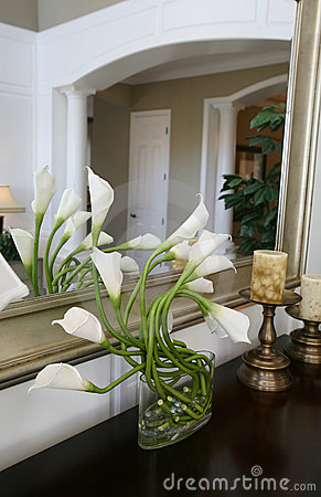 Free Lilies In Home Interior Stock Photography - 1662062