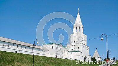 Limite della citt? Metraggio di riserva Parete e torre del Cremlino Vista del Cremlino della città nella città antica archivi video