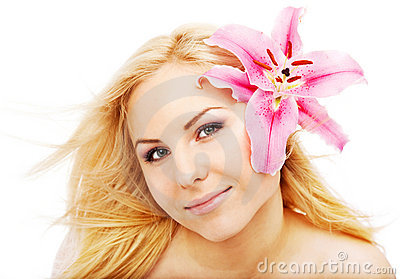 Limpe o lilium fêmea da face