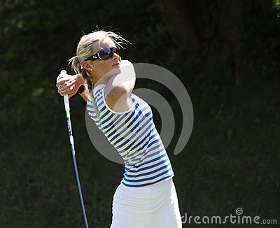 Lina Elmaster aux dames de golf de Fourqueux s ouvrent Photo stock éditorial