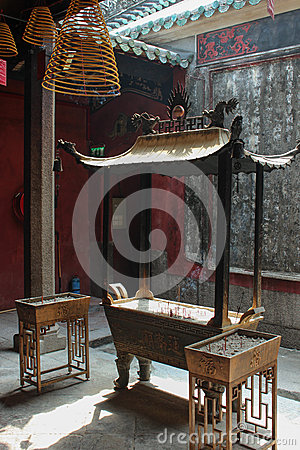 Free Ling Fung Temple (Temple Of Lotus) In Macau Stock Photo - 39777550