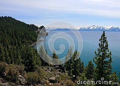 Linha costeira de Tahoe