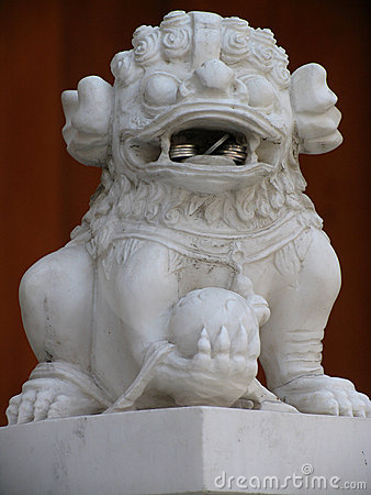 Free Lion At Jing An Temple Stock Photography - 635552