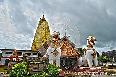 Lion sangklaburi thailand hdr