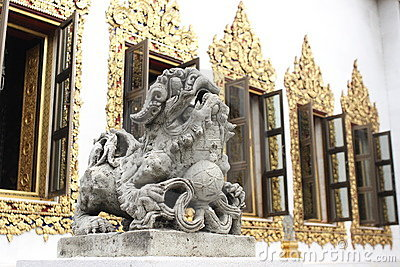 Lion Sculpture with beautiful window