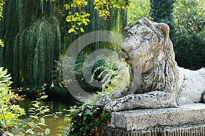 Lion sculpture in park area
