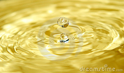 Liquid gold and a drop