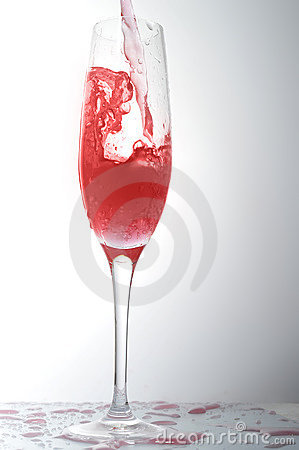 Liquid in  wineglass