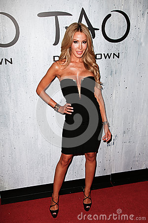 Lisa Hochstein Editorial Photo
