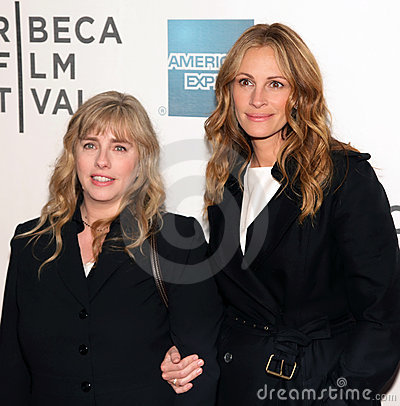 Lisa Roberts Gillan and Julia Roberts Editorial Stock Photo