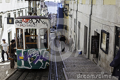 Lisboa s tram Editorial Photo