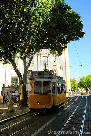 Free Lisbon Tram Car Royalty Free Stock Images - 9543579