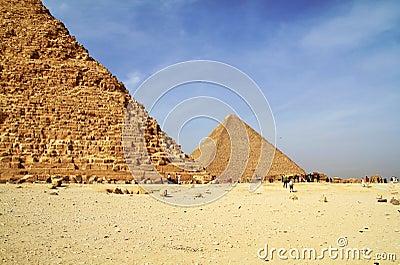Liten cheopsegypt pyramid