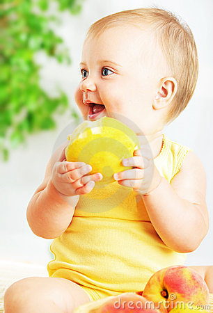 Free Little Baby Eating Apple Royalty Free Stock Photo - 19804455