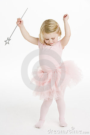 Free Little Ballerina Dancing Royalty Free Stock Images - 12406789