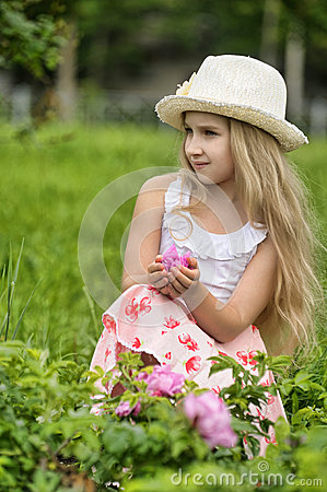 Free Little Blonde Girl Wearing A Hat Stock Images - 25936924
