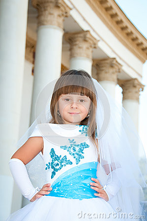 Generous a line strapless sweetheart ribbon decorated chapel train lace wedding blue dress