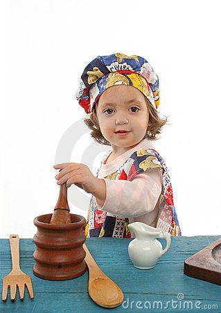 Free Little Girl Cooking Dressed As A Chef Royalty Free Stock Image - 763216