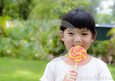 Kid with lollipop