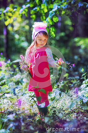 Free Little Girl In Sping Forest Royalty Free Stock Photos - 62761658