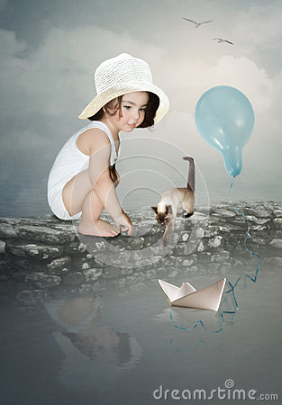 Free Little Girl In White Hat Royalty Free Stock Photos - 75331108