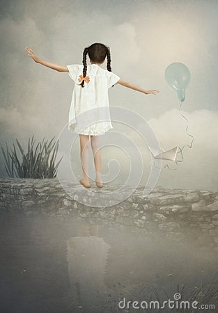Free Little Girl Is Balancing On The Wall Royalty Free Stock Photos - 62592378