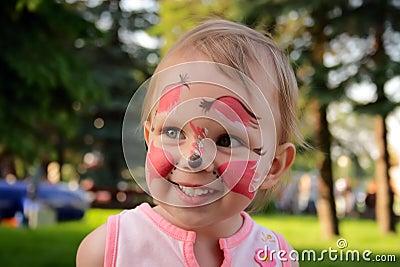 Little girl make-up squirrel