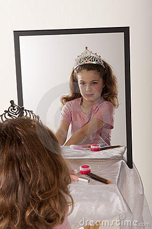 Free Little Girl Playing Make-up And Fairy Princess Stock Photos - 13618693