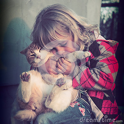Free Little Girl Playing With Her Cat Royalty Free Stock Photos - 70248208