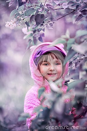 Free Little Girl Portrait In A Lilac Garden Stock Images - 113185704