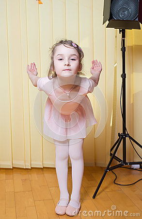 Free Little Girl Practicing Ballet Stock Photography - 52600072
