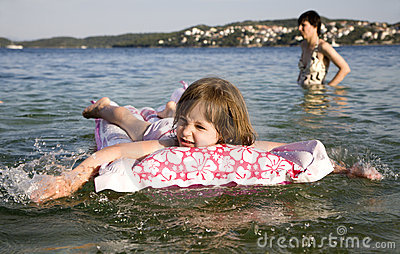 Little girl on the see - holiday